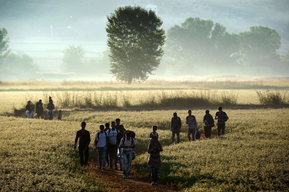 Migranti in viaggio per raggiungere l'Europa