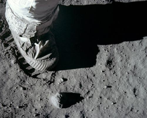 Lo stivale di Aldrin sul suolo lunare