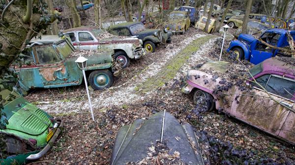 L'Auto Skulpturenpark di Michael Frohlich
