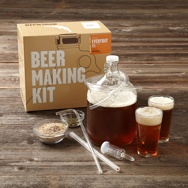 Il kit per farsi la birra in casa