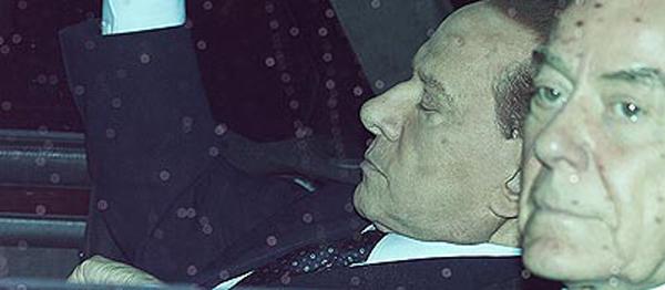 Berlusconi e Letta in macchina