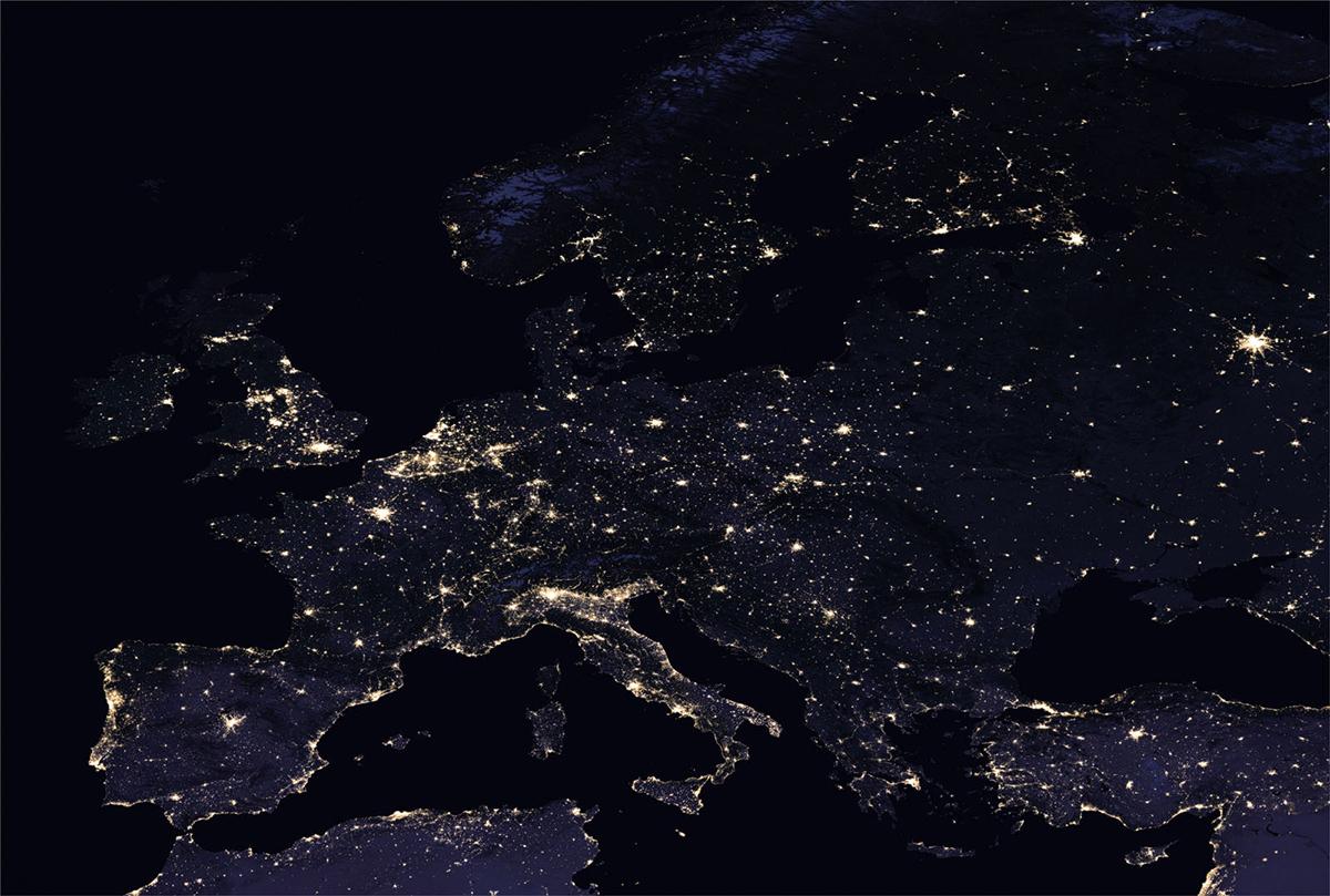 L'Europa di notte vista dallo spazio