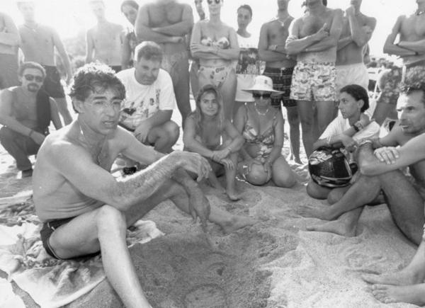 Bossi in spiaggia in Sardegna