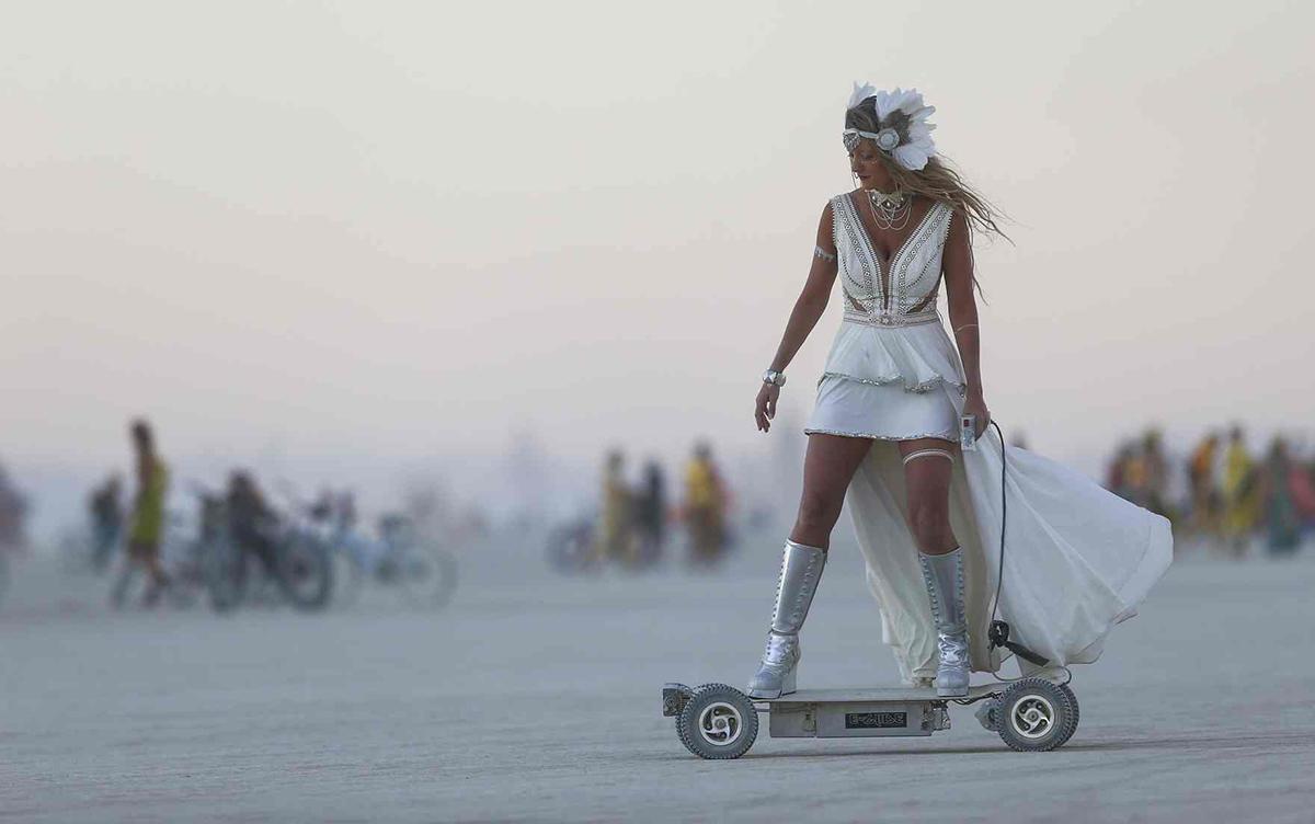 Uno scooter elettrico al Burning Man 2016