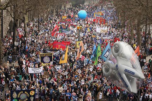 Lo sciopero a Londra contro i tagli voluti dal governo Cameron