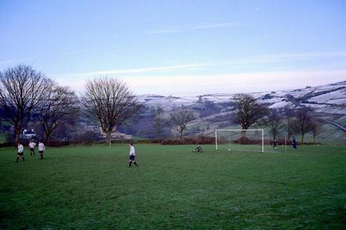 Un campo da calcio