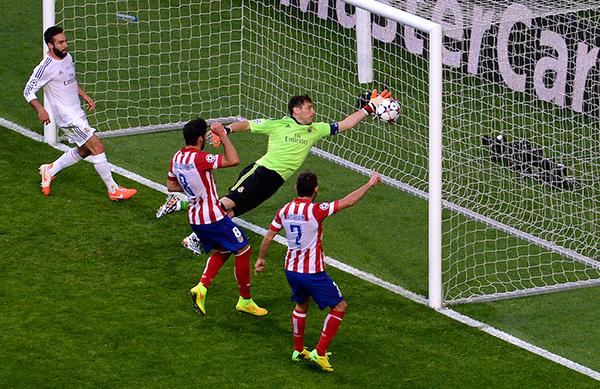 Il gol dell'Atletico Madrid nella finale di Champions 2014
