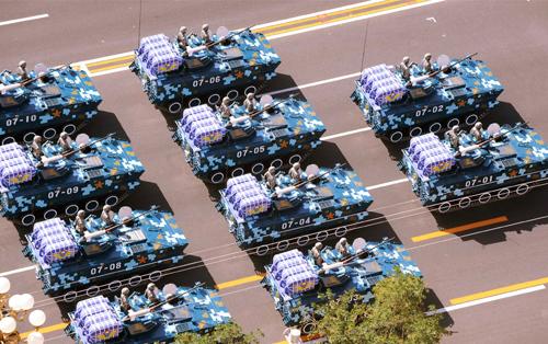 Parata militare per il 60esimo anniversario della Repubblica Popolare Cinese