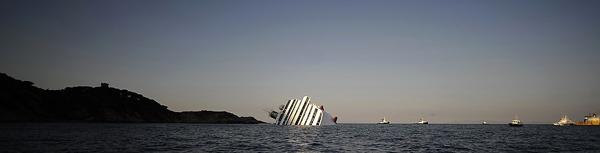 La Costa Concordia affondata