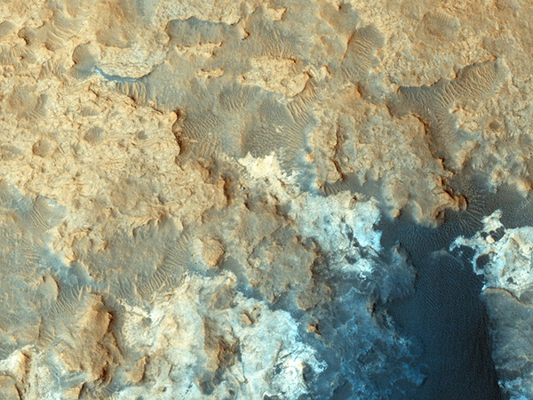 Curiosity su Marte ripreso dallo spazio