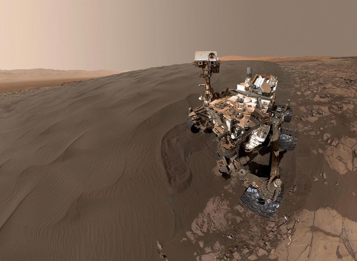 Il rover Curiosity della NASA su Marte