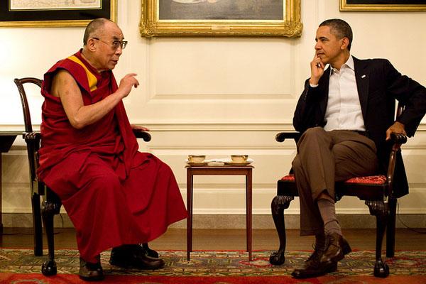 Il Dalai Lama a colloquio con il presidente Obama