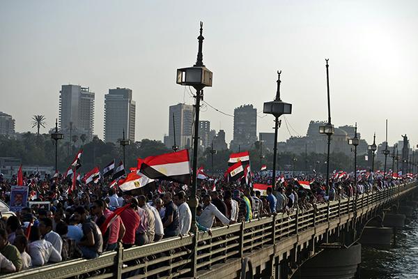 Oppositori del presidente Morsi al Cairo