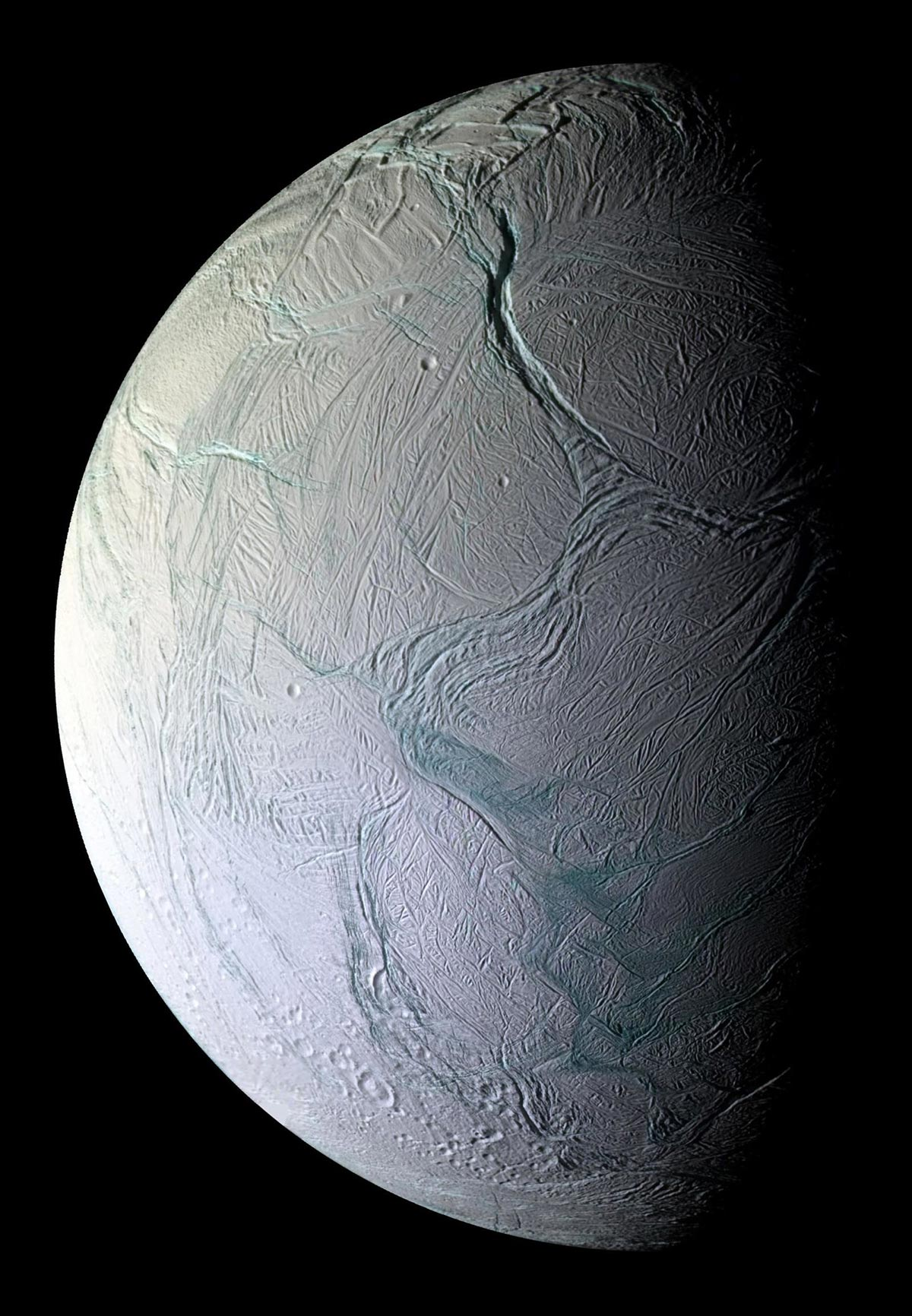 Encelado fotografato dalla sonda Cassini
