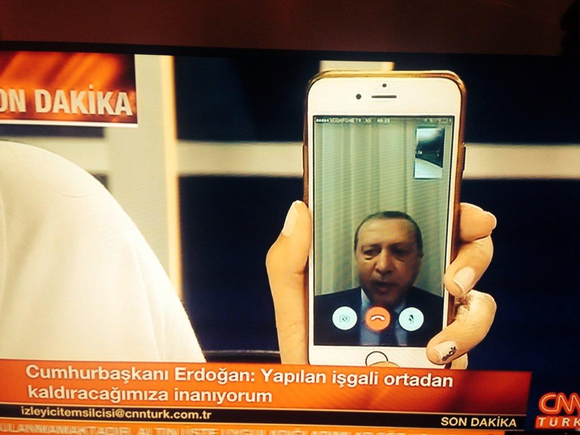 Erdogan su FaceTime durante il colpo di stato in Turchia