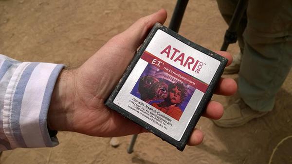 Le cartucce di ET per Atari 2600 trovate sepolte nel deserto