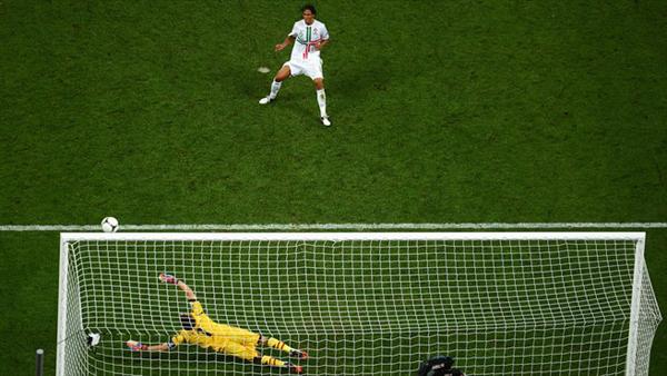 Bruno Alves sbaglia dal dischetto durante Euro 2012