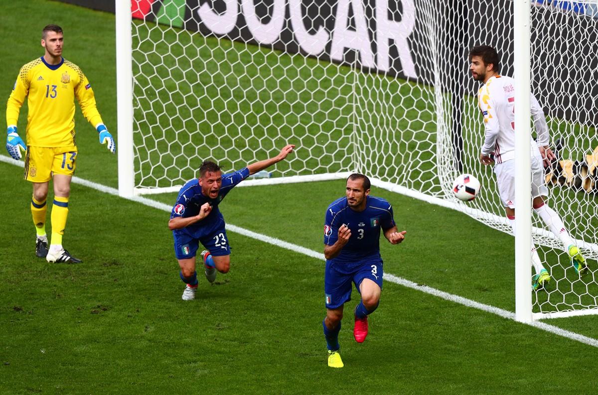 Il gol di Chiellini contro la Spagna a Euro 2016