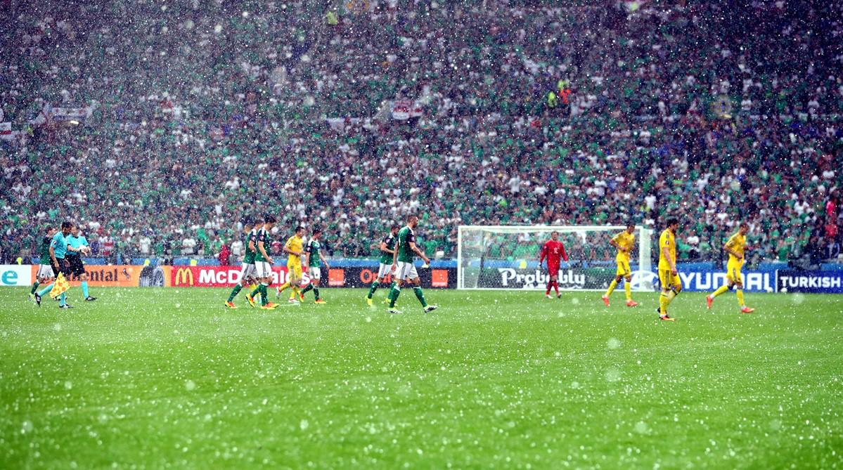 Pioggia e grandine a Lione a Euro 2016