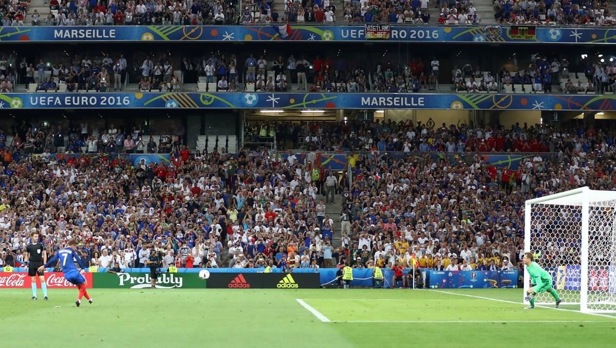 Griezmann segna contro la Germania a Euro 2016