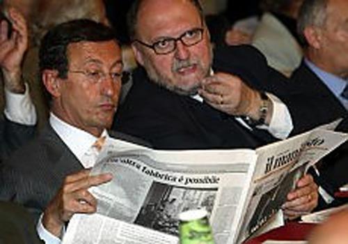 Gianfranco Fini legge il Manifesto