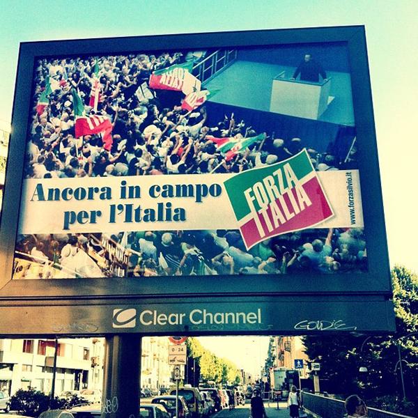 Il poster del ritorno di Forza Italia