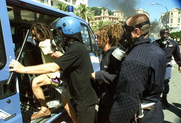 Arresti al G8 di Genova del 2001