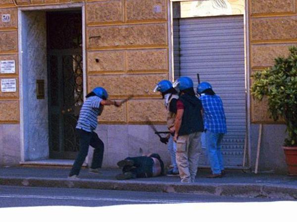 Violenza della polizia al G8 di Genova del 2001