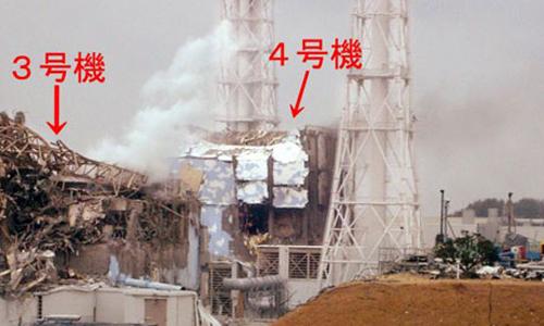 I danni ai reattori 3 e 4 della centrale nucleare di Fukushima Daiichi