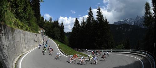 Tornanti in discesa al Giro d'Italia