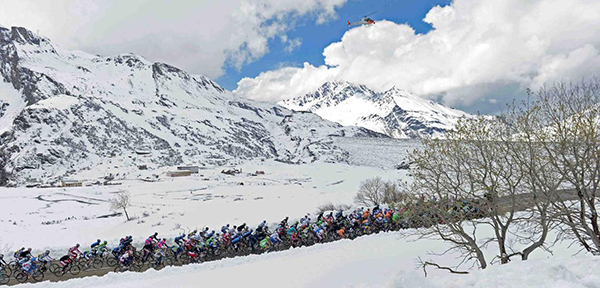 Neve al Giro d'Italia