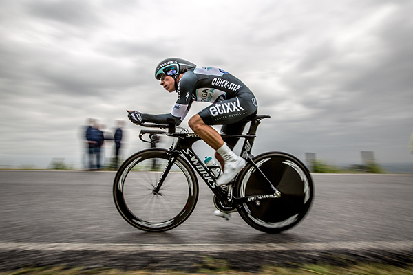 Uran a cronomento durante il Giro d'Italia 2014