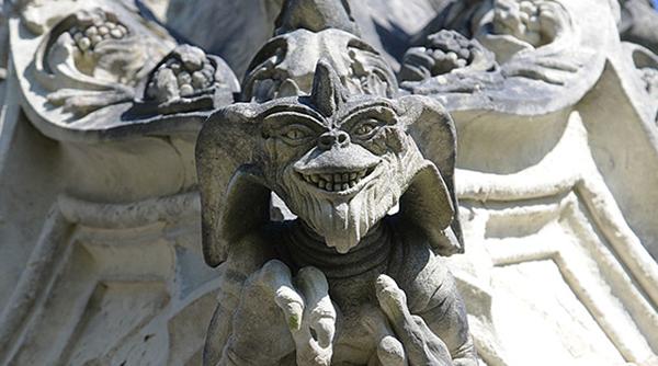 I Gremlins gargoyles di Nantes