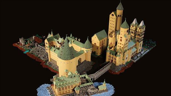 Il castello di Hogwarts di Lego
