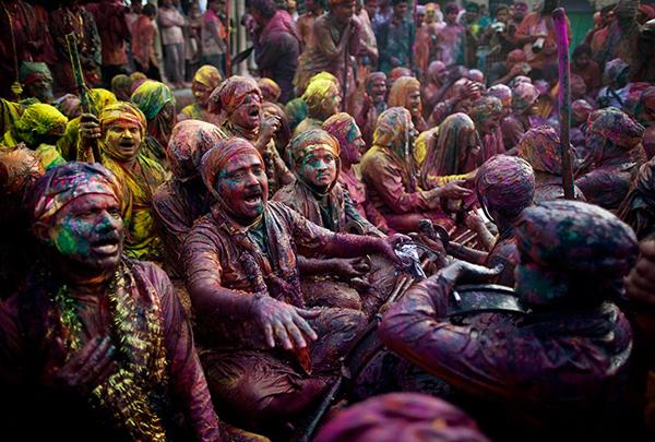 Festa tradizionale di Holi in India