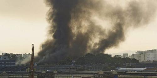 L'incendio alla città del samba di Rio de Janeiro