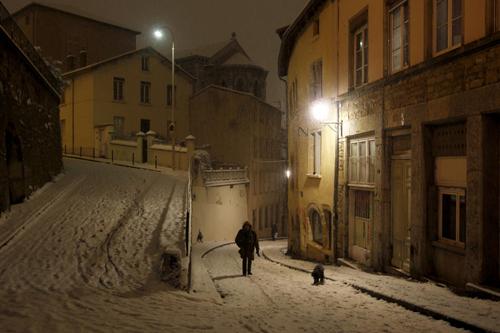 Lione sotto la neve