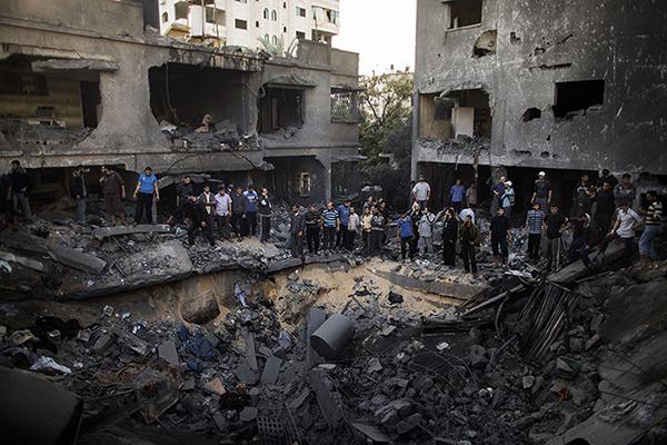 Danni dell'attacco aereo su Gaza