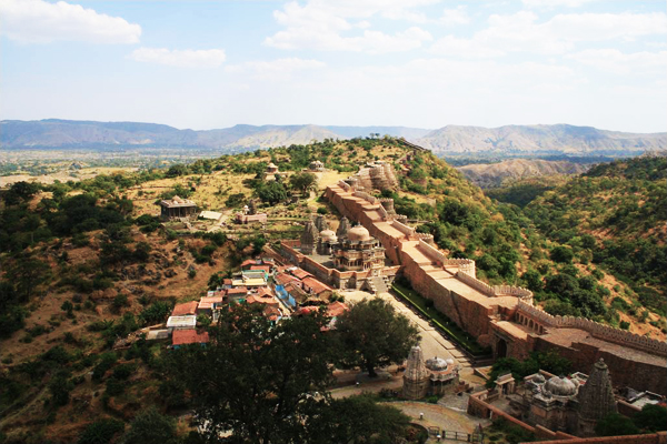 La grande muraglia indiana di Kumbhalgarh