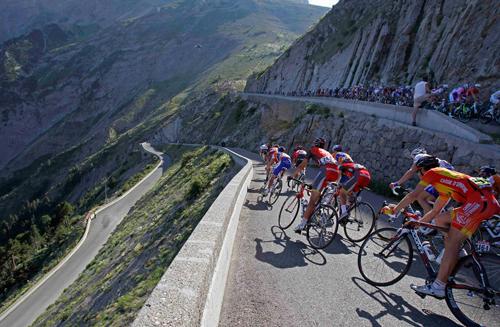 Il Tour de France valica il passo Noyer