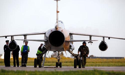 Un Mirage F1 libico atterrato a Malta