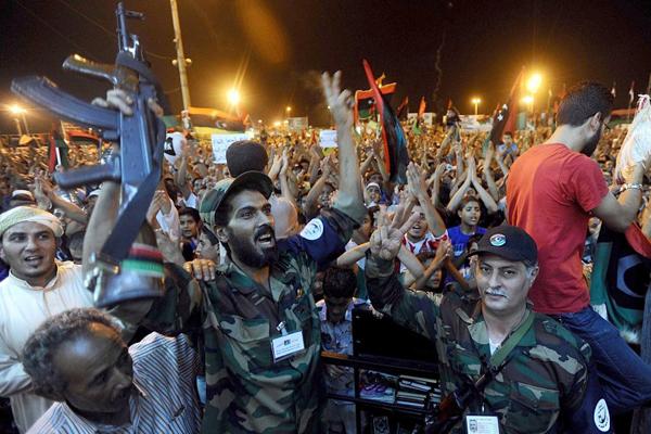 La festa a Tripoli per la liberazione dal regime di Gheddafi