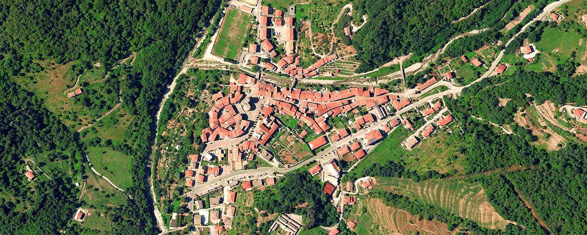 Varese Ligure visto dallo spazio
