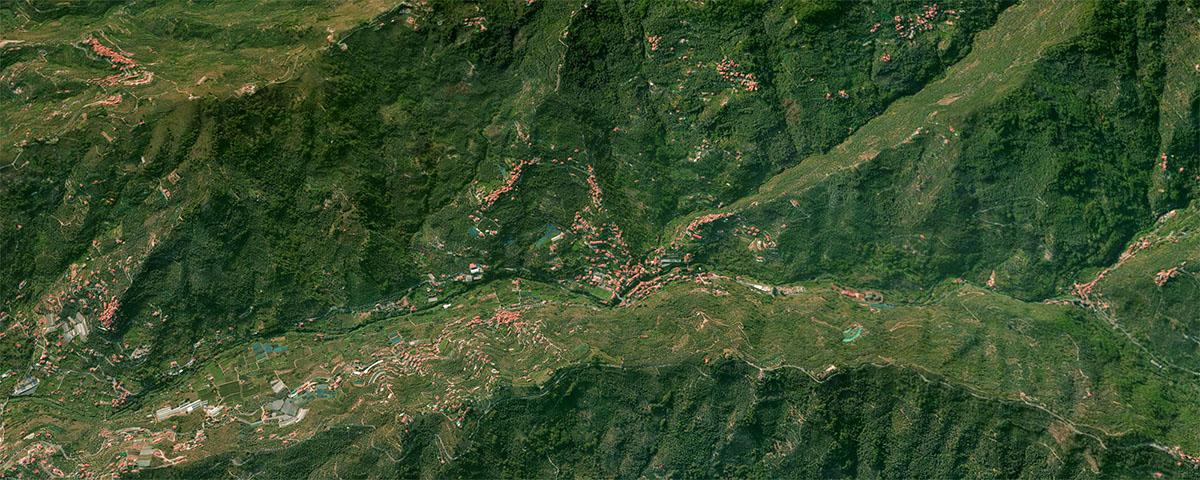 Valle di Dolcedo e Valle di Caramagna viste dallo spazio