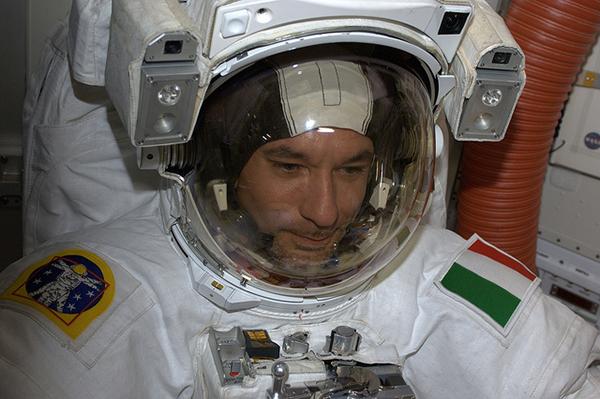 Luca Parmitano a bordo della ISS