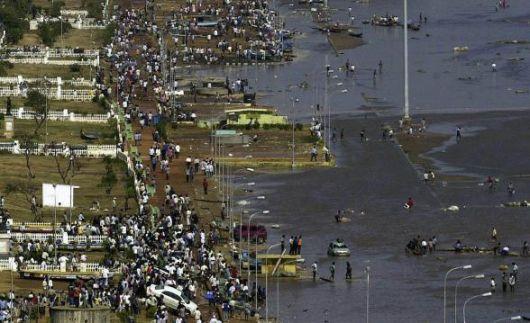 Gli effetti del maremoto sulla città di Madras (Tamil Nadu - India)