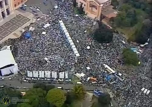 Lo screen capture della manifestazione del PdL a Roma