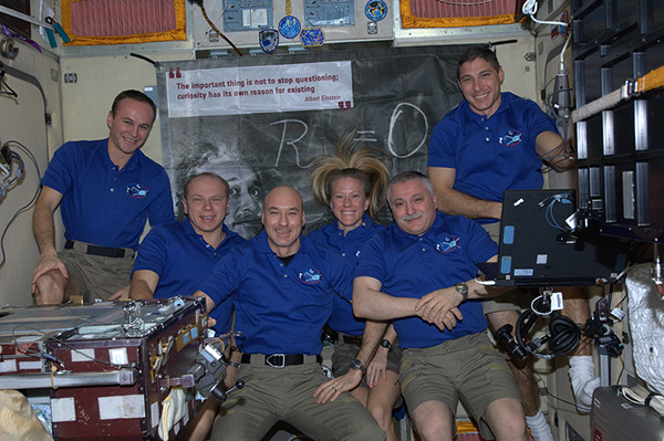 L'equipaggio della ISS durante la misisone Volare