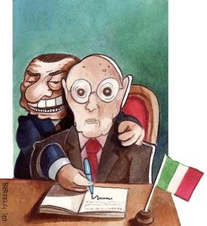 Napolitano fantoccio nelle mani di Berlusconi