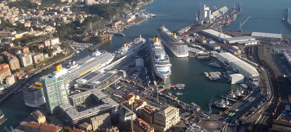 Il porto di Savona